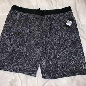 NWT HURLEY Mens Casual Summer Shorts 38 Black